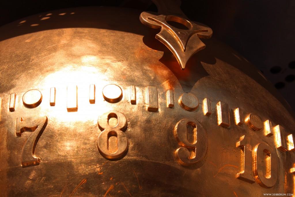 Potsdam_Clock. Copyright: www.358berlin.com